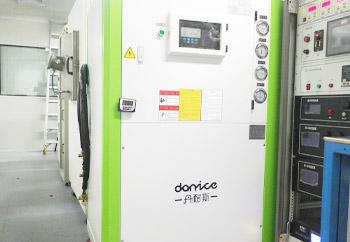 南方科技大学镀膜机配分体式冷水机使用案列